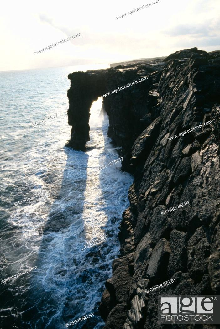 Stock Photo: Holei sea arch in Volcanoes National Park on the Big Island of Hawaii, USA.