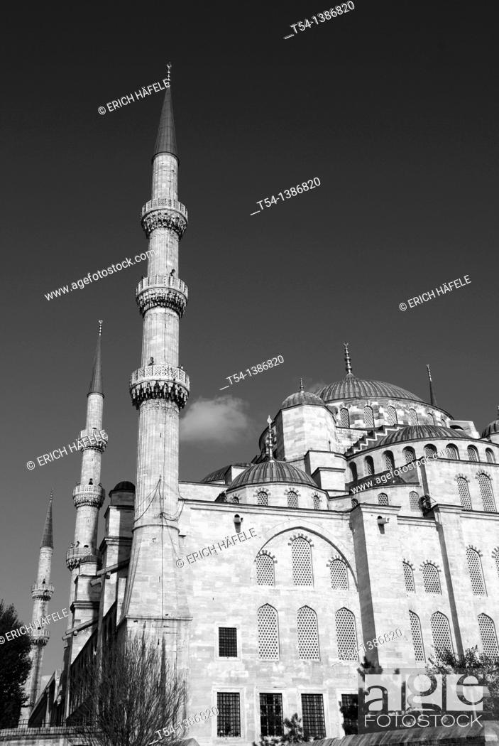 Stock Photo: Blue Mosque in Istanbul.