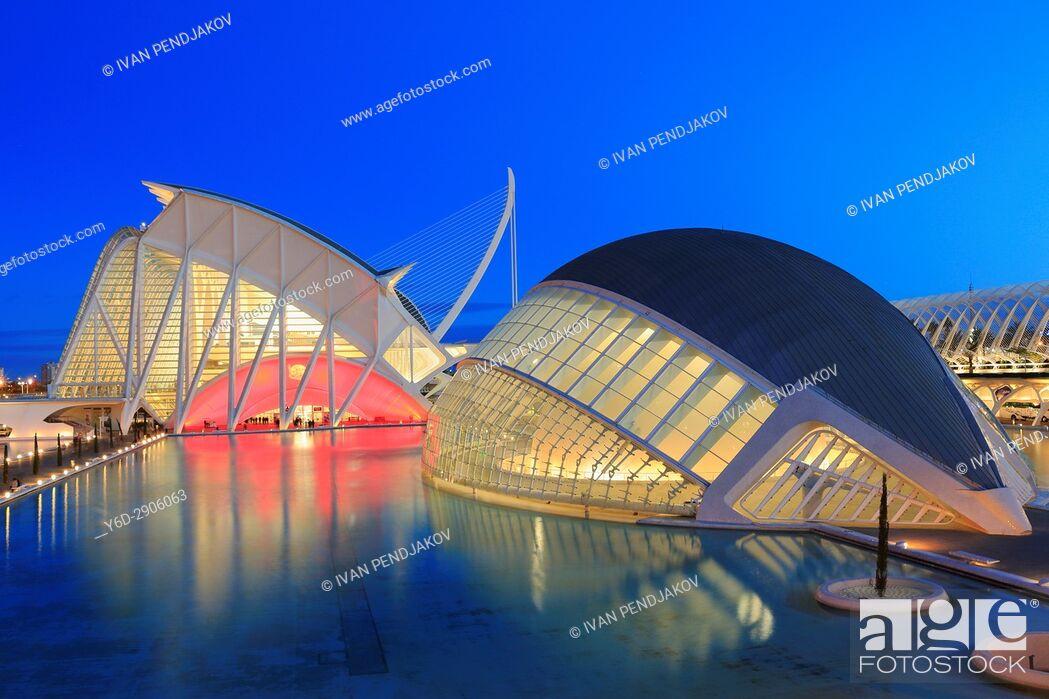Imagen: Principe Felipe Science Museum and The Hemisferic, City of Arts and Sciences, Valencia, Spain.