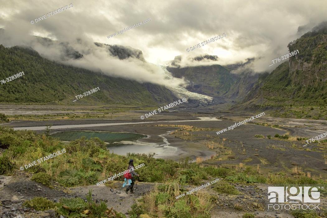 Stock Photo: View of Michinmahuida Glacier, Pumalin National Park, Patagonia, Region de los Lagos, Chile.