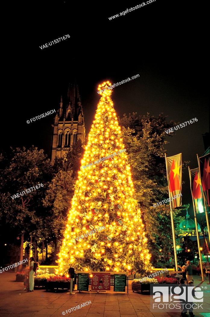 Stock Photo: decoration, night, light, tree, winter, seasons, christmas.