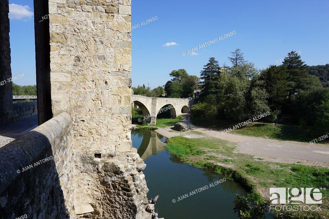 Stock Photo: Pont Vell -Old Bridge-. Medieval town of Besalú, La Garrotxa, Province of Girona, Catalonia, Spain, Europe.