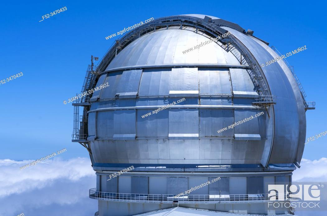 Stock Photo: The Gran Telescopio Canarias, The Observatorio Astrofisico del Roque de los Muchachos, El Paso and Garafia municipalities, La Palma island, Canary Islands.