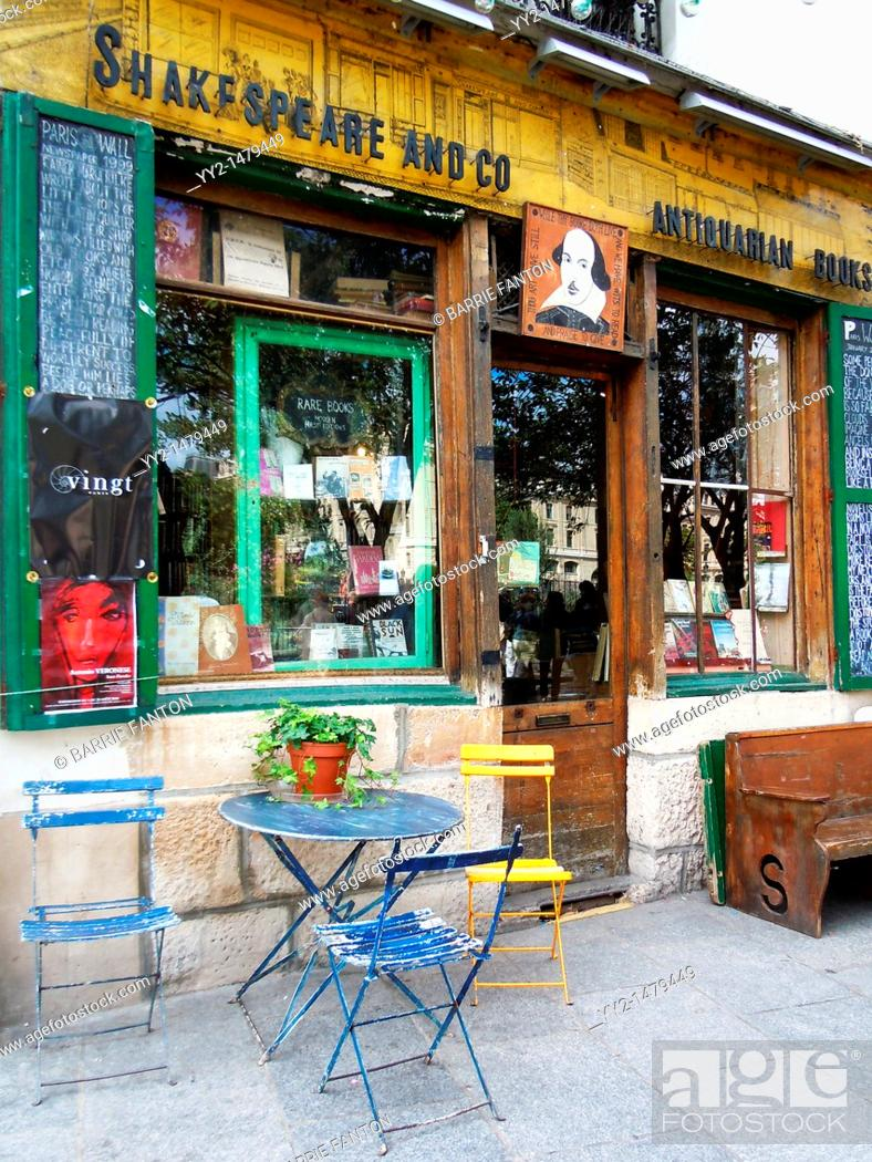 Stock Photo: Shakespeare and Co., bookstore, Rue de la Bucherie, Latin Quarter, Paris, France.