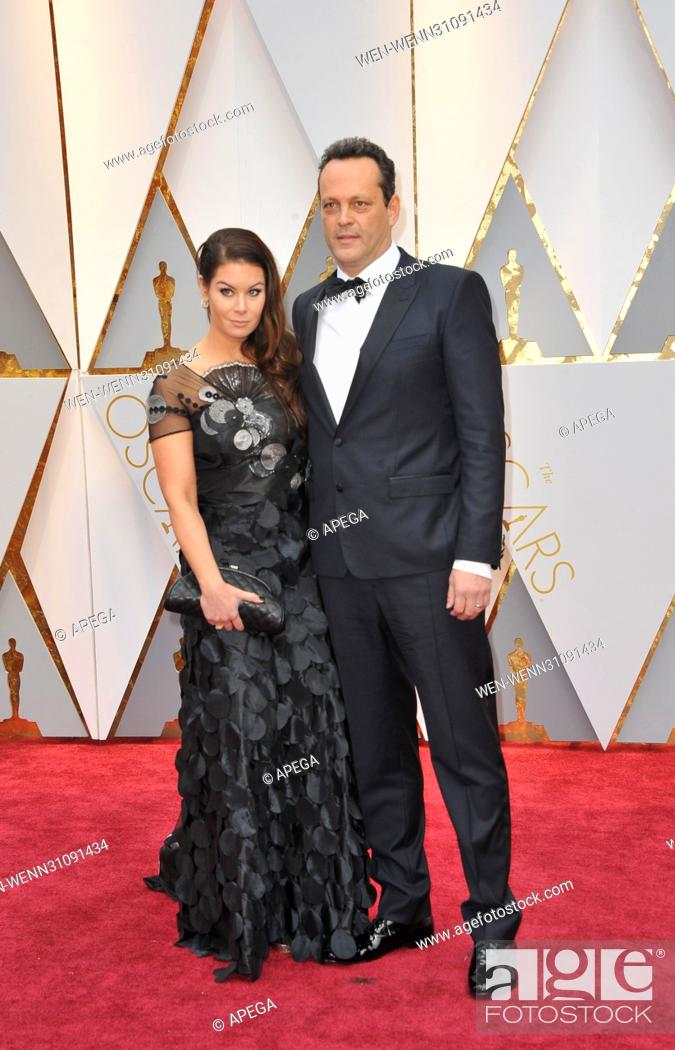 Vince Vaughn Kyla Weber >> The 89th Annual Academy Awards Arrivals Featuring Vince