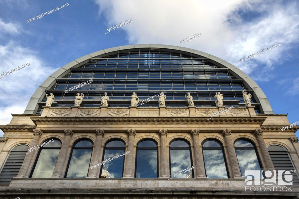 Imagen: Opera Nouvel bilding. Comedie square; Lyon.