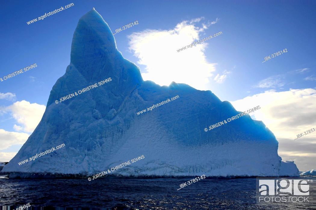 Imagen: Iceberg, Weddell Sea, Antarctica.