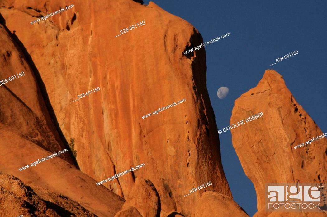 Stock Photo: Rock formations at Spitzkoppe, Namibia.