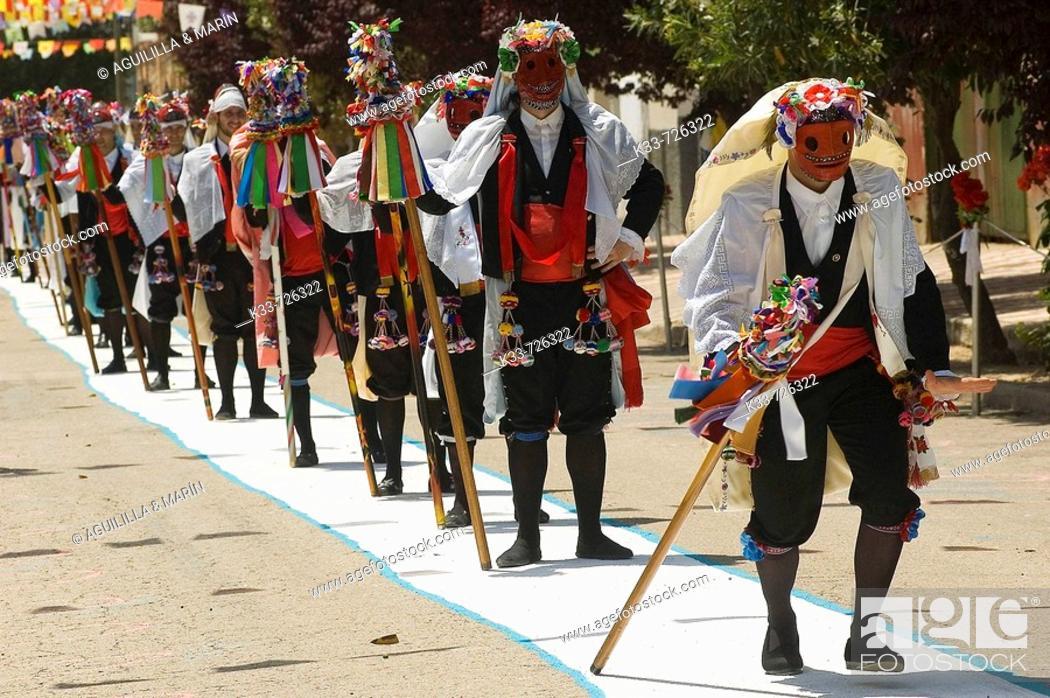 Photo de stock: Pecados (Sins), Fiesta de los Pecados y Danzantes (festival of sins and dancers), Camuñas, Toledo province, Spain.