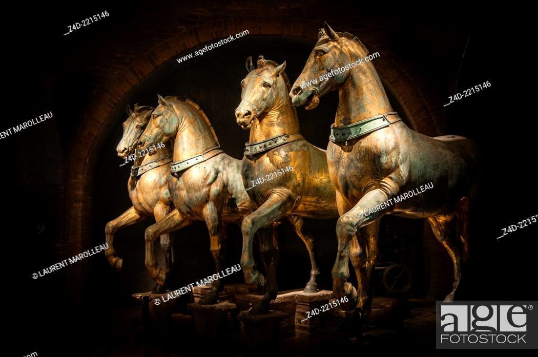 Stock Photo: The Four original bronze horses of St Mark's Basilica. San Marco district, Venice, Veneto region, Italy, Europe.
