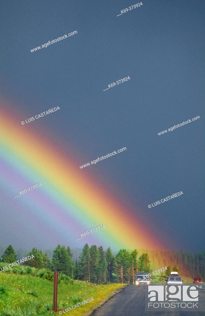 Stock Photo: Rainbow. Yellowstone Natl. Park. Wyoming. USA.