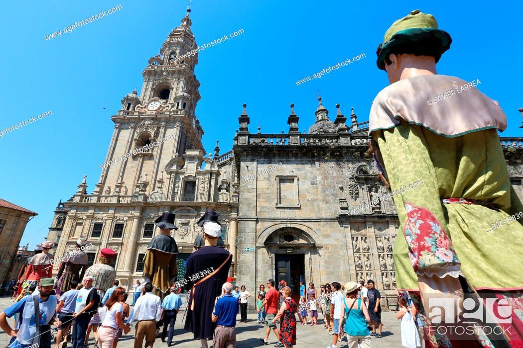 Stock Photo: Galician folklore, Feast day of Santiago, July 25, Catedral, Praza da Quintana, Santiago de Compostela, A Coruña province, Galicia, Spain.
