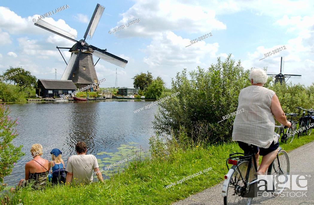 Stock Photo: Windmills. Kinderdijk. Netherlands.