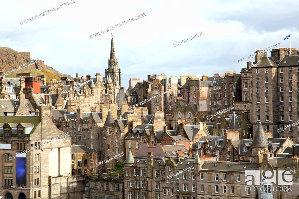 Imagen: Edinburgh Skylines building Scotland UK from Monument.