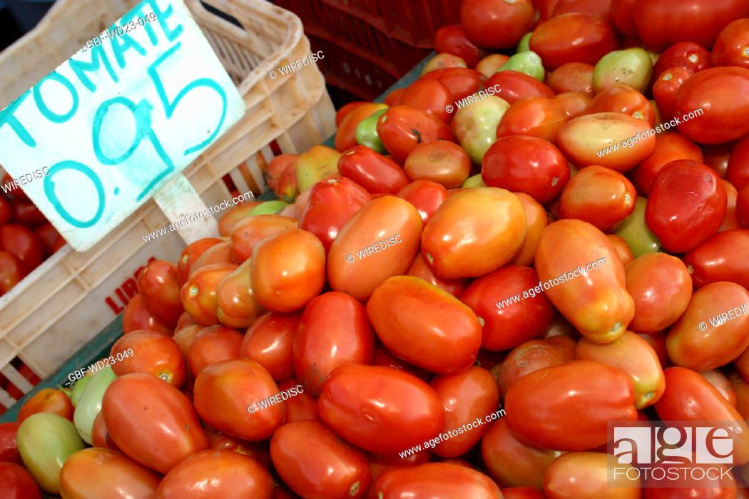 Stock Photo: Tomatos, market, agriculture, Brazil.