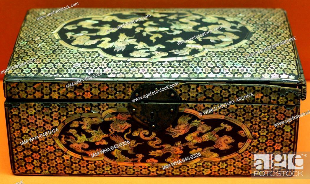 Lacquer Box From Korea 1500 1600 Yi Dynasty 1392 1910 Stock Photo