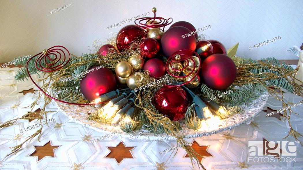 Otto Christbaumkugeln.Weihnachten Advent Festlich Dekorierte Schale Christbaumkugeln