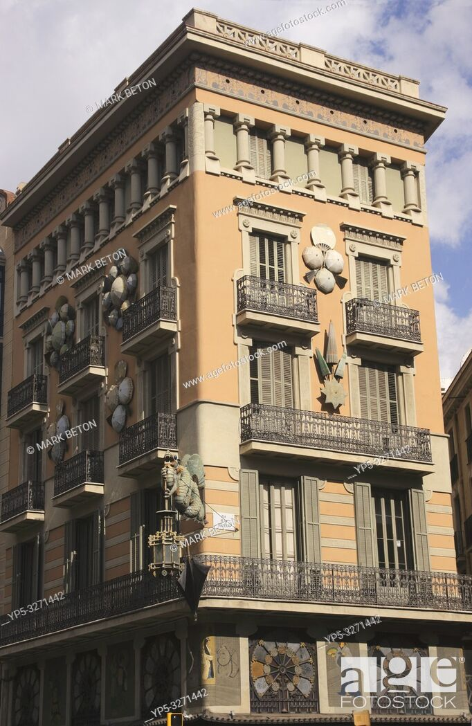 Stock Photo: Casa Bruno Cuadros Pla de la Boqueria Barcelona Spain.