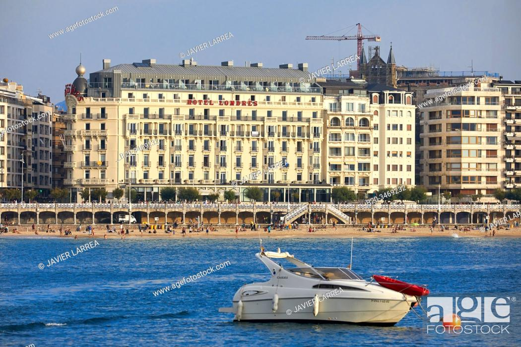 Stock Photo: La Concha Bay, Londres Hotel, Donostia, San Sebastian, Gipuzkoa, Basque Country, Spain, Europe.