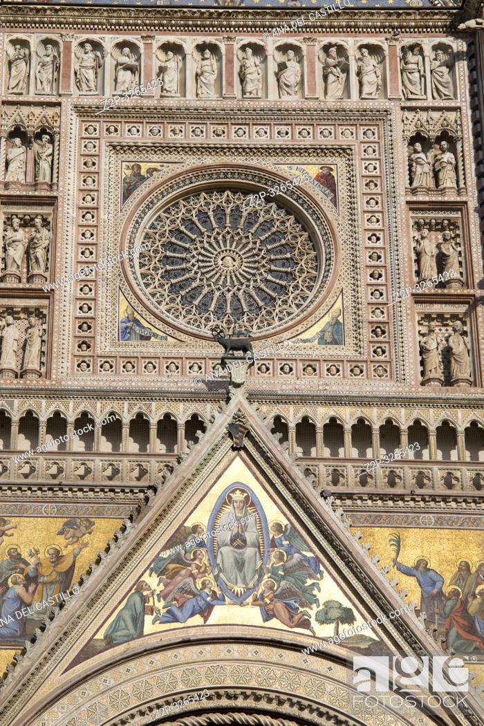 Imagen: Orvieto, Italy. Façade of the Duomo Cathedral.