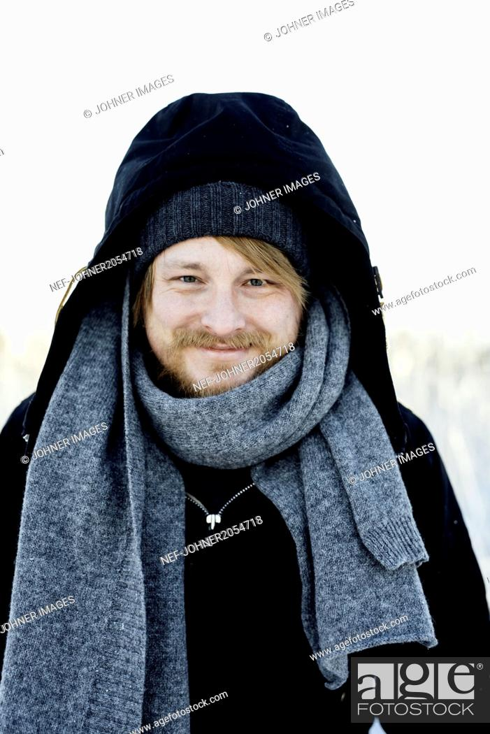 Photo de stock: Portrait of a man in the winter.