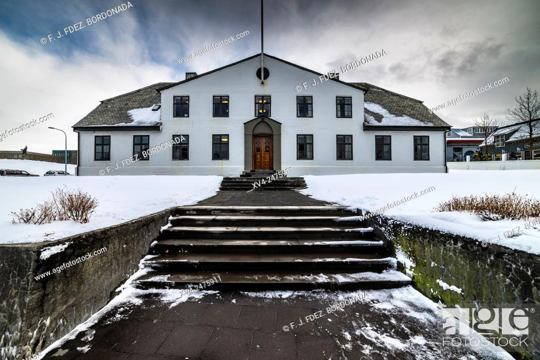 Stock Photo: Government house ai Reykjavik downtown in winter, Iceland.