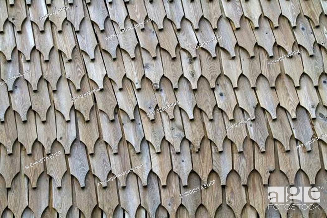 Stock Photo: Holzwand aus Schindeln.