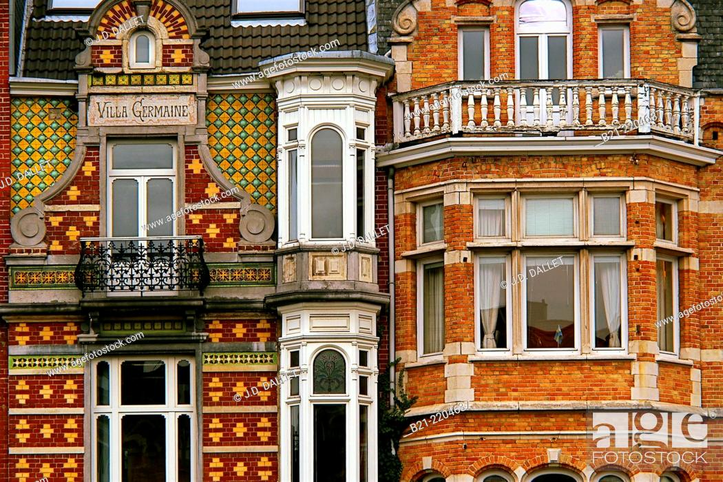 Photo de stock: Art nouveau style houses on Square Ambiorix, Brussels, Belgium.