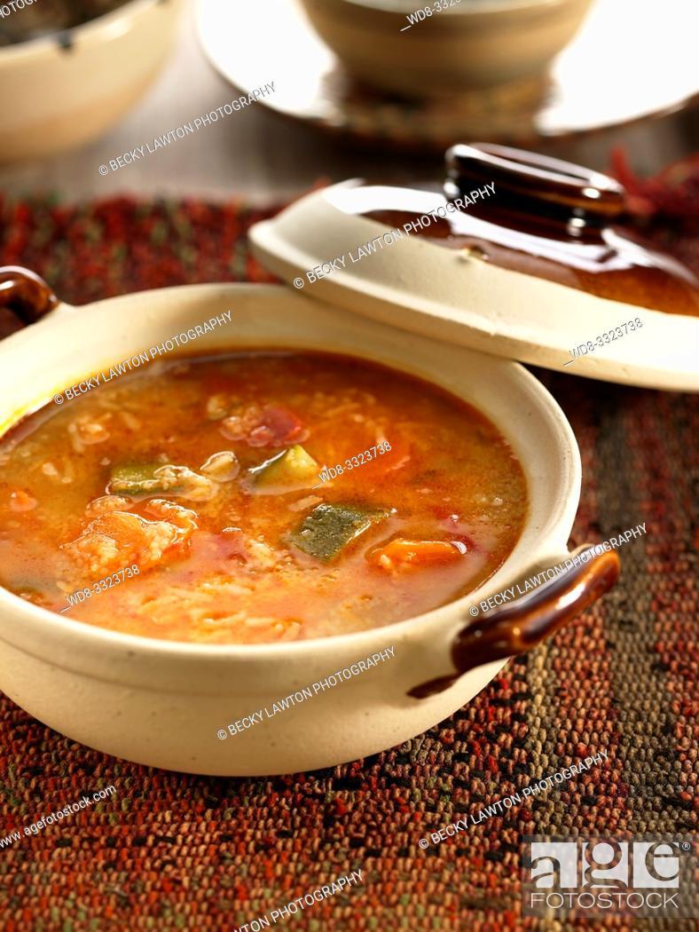 Imagen: sopa de verduras argelina.