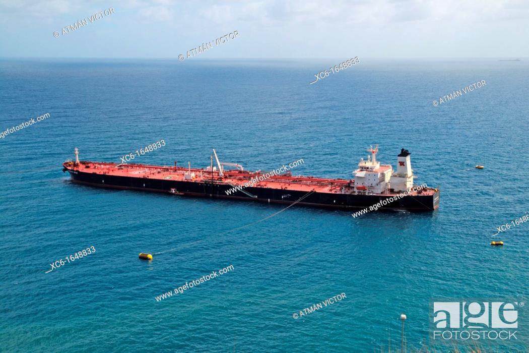 Stock Photo: oil tanker.