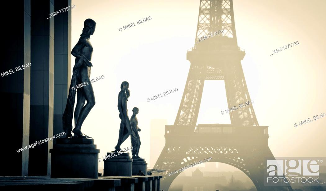 Stock Photo: Statuary at the Palais de Chaillot  and Eiffel Tower  Paris, France.