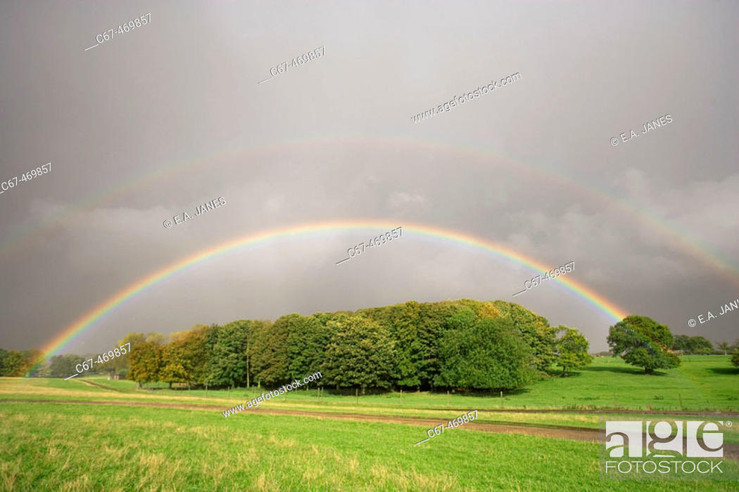 Stock Photo: Rainbow, october afternoon. Bedfordshire. UK.