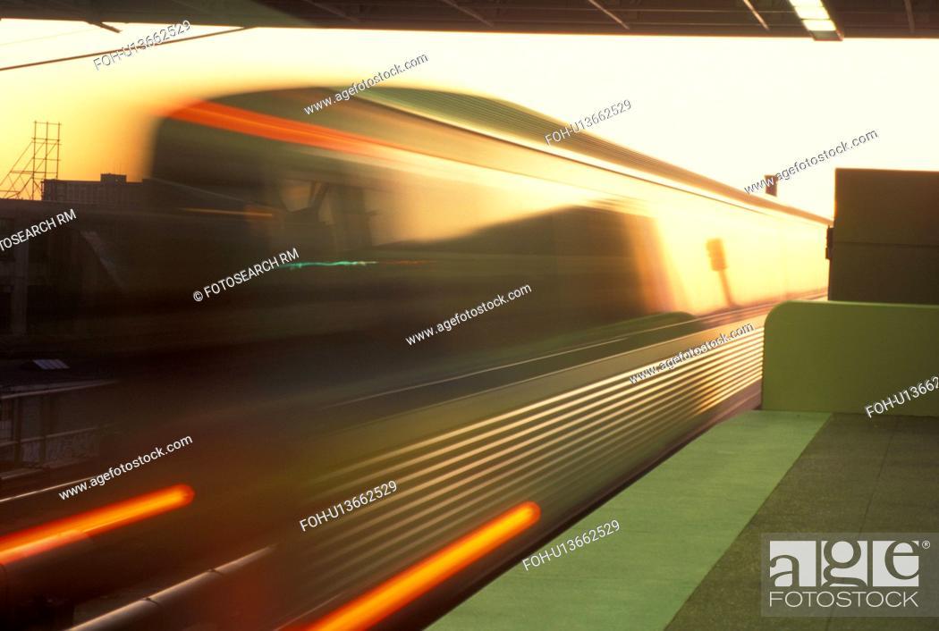 Mass Transit Atlanta Ga Georgia Marta Train Passes Through King