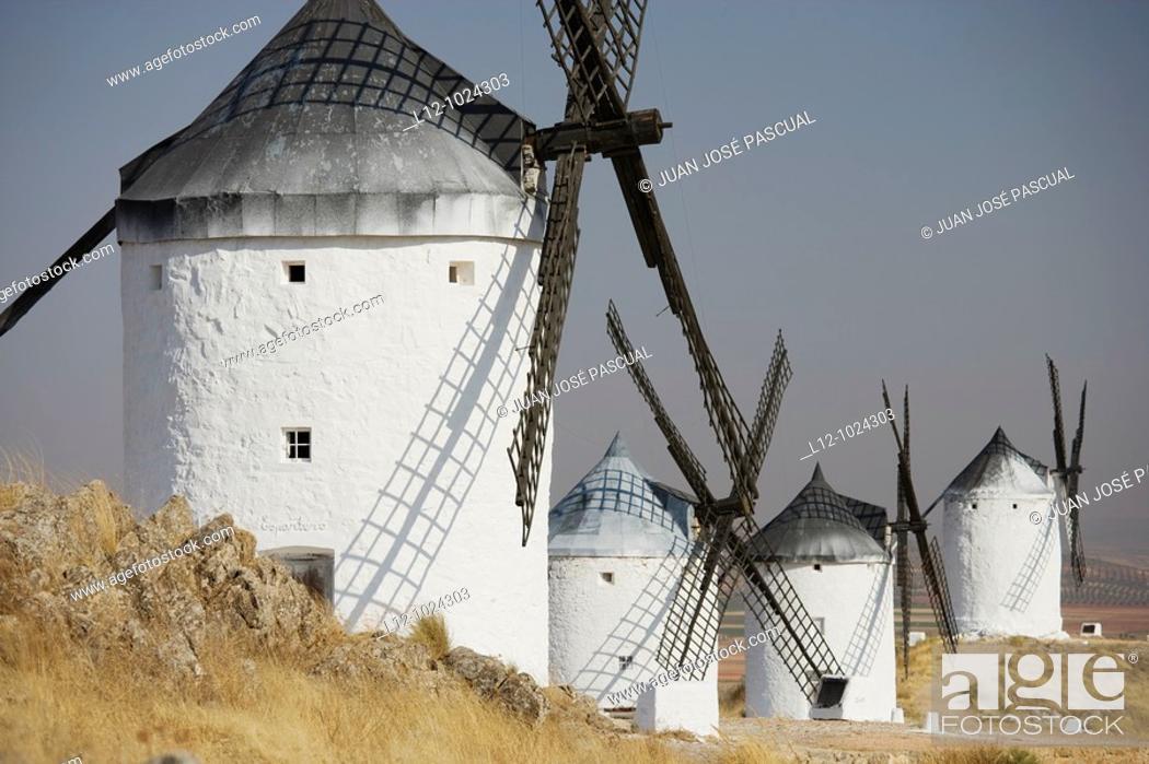 Photo de stock: Wind mills, Consuegra, Toledo province, Castilla la Mancha, Spain.
