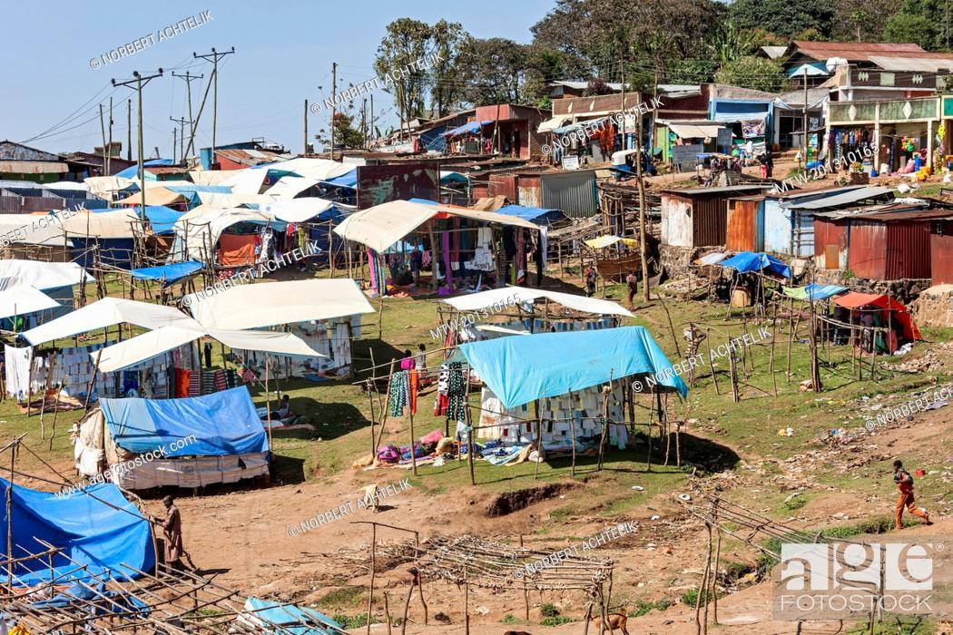 Imagen: View of flea market.