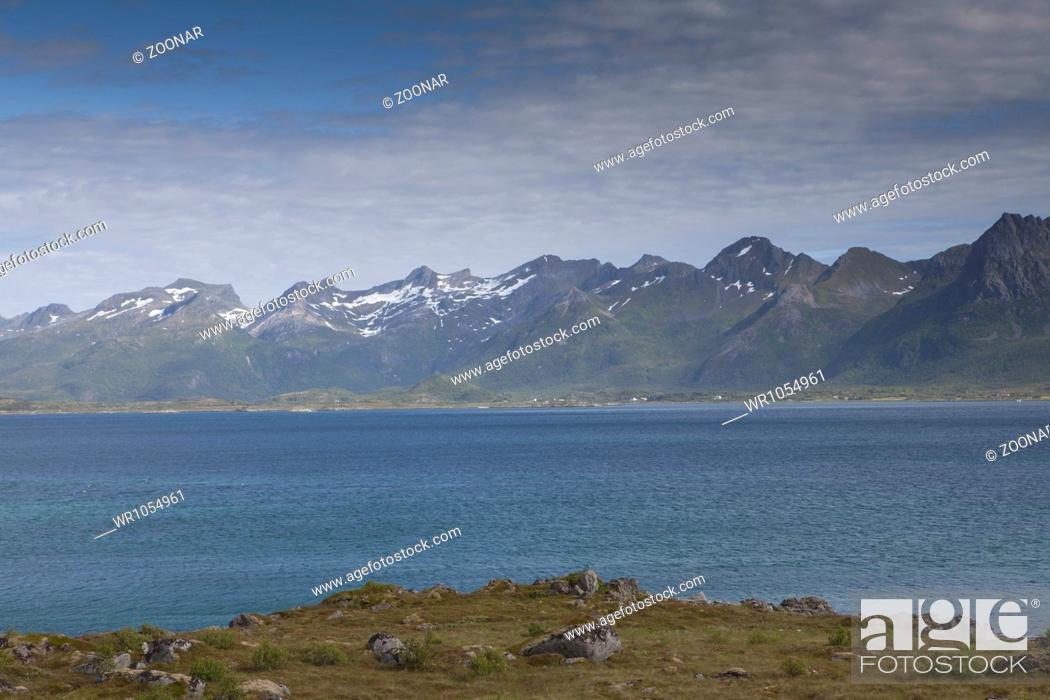 Stock Photo: Coastal landscape, Lofoten islands, North Norway.