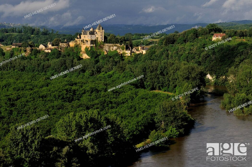 Stock Photo: France, Dordogne, Perigord Noir, Vitrac, the castle of Montfort of Montfort in the lashes.