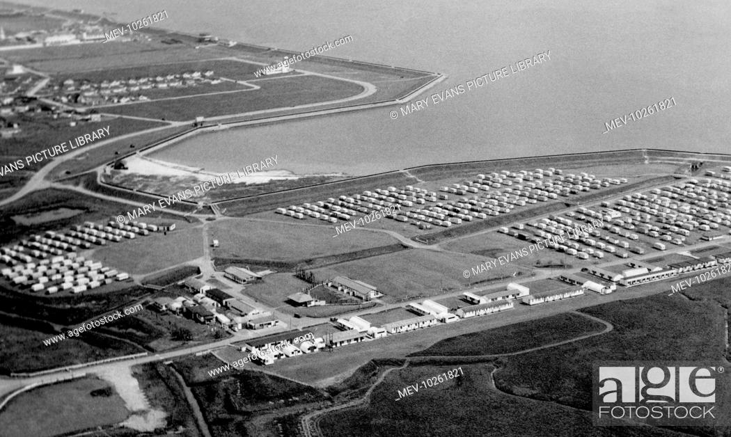 Stock Photo: Canvey Island, Thorney Bay Beach Camp c1955.
