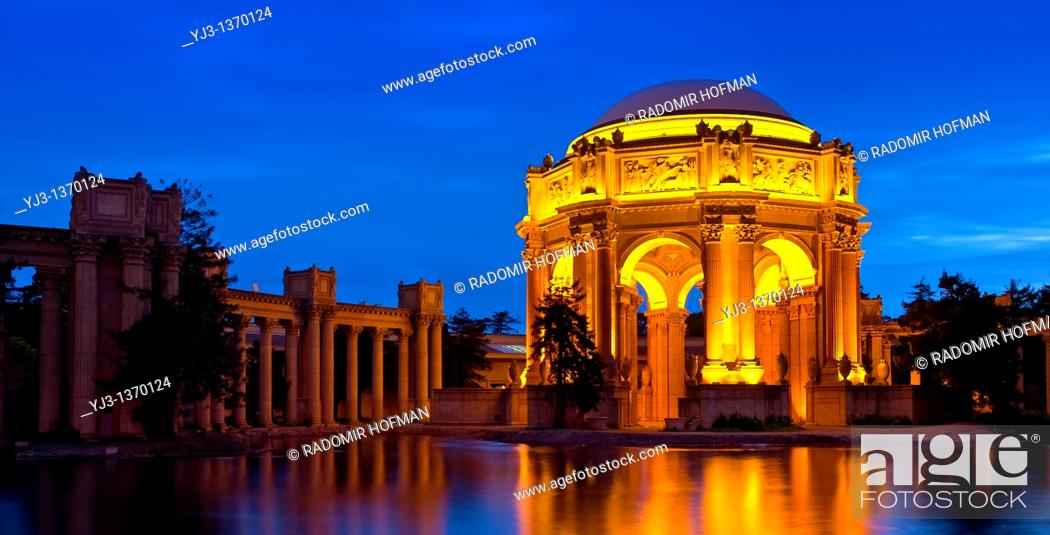 Stock Photo: Palace of Fine Arts at night, San Francisco, California, USA.