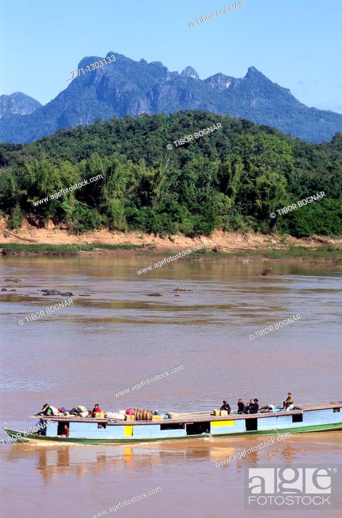 Stock Photo: Laos, Luang Prabang, Mekong river, boat, people, landscape,.