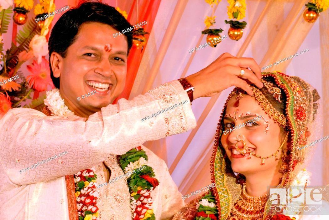 South Asian Indian Hindu gujarati wedding