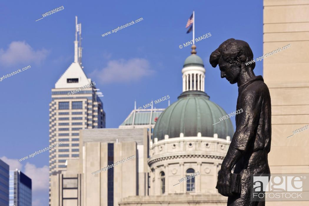 Stock Photo: Young Abraham Lincoln Statue.