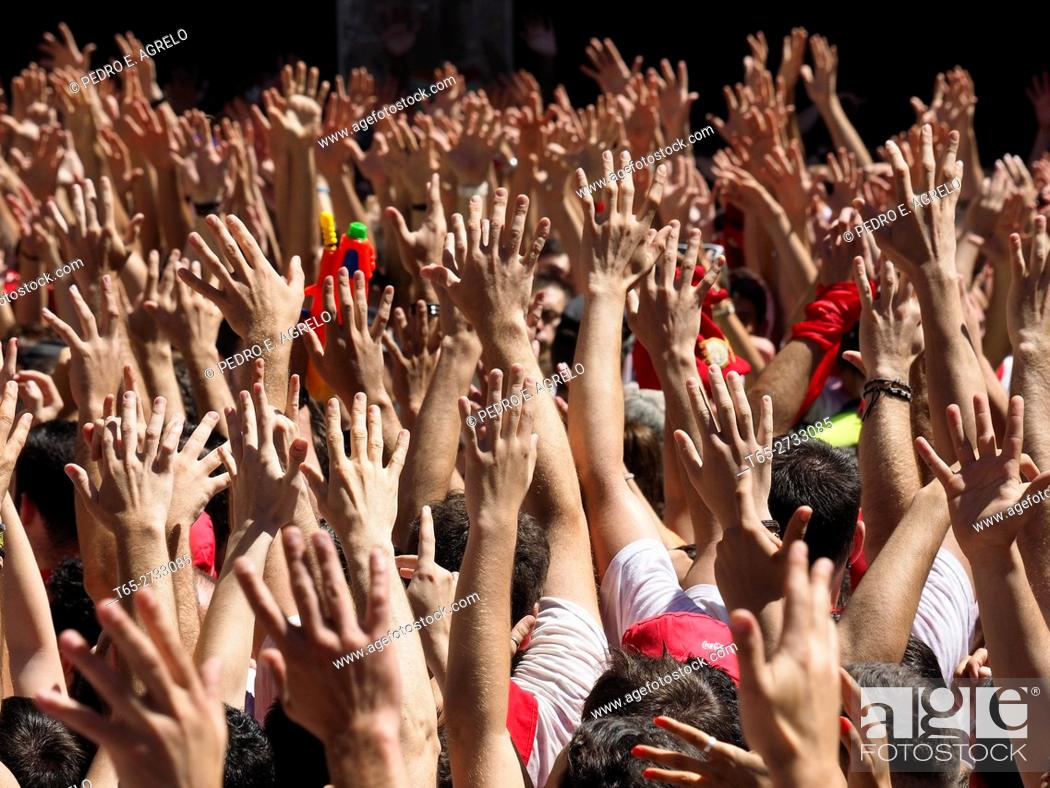 Stock Photo: Navarra (Pamplona) .- Start the San Fermin festival 2016 international tourist interest. Thousands of people gather in front of Council of Pamplona during the.