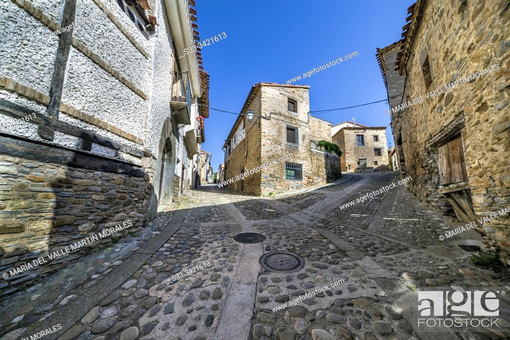 Stock Photo: Cobblestone streets in Yanguas. Soria. Spain. Europe.