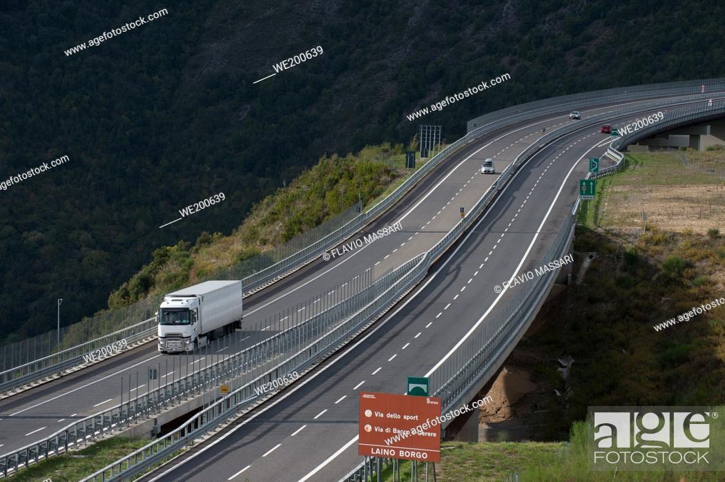 Stock Photo: Italian Motorway Salerno-Reggio Calabria: Viaduct Italia.