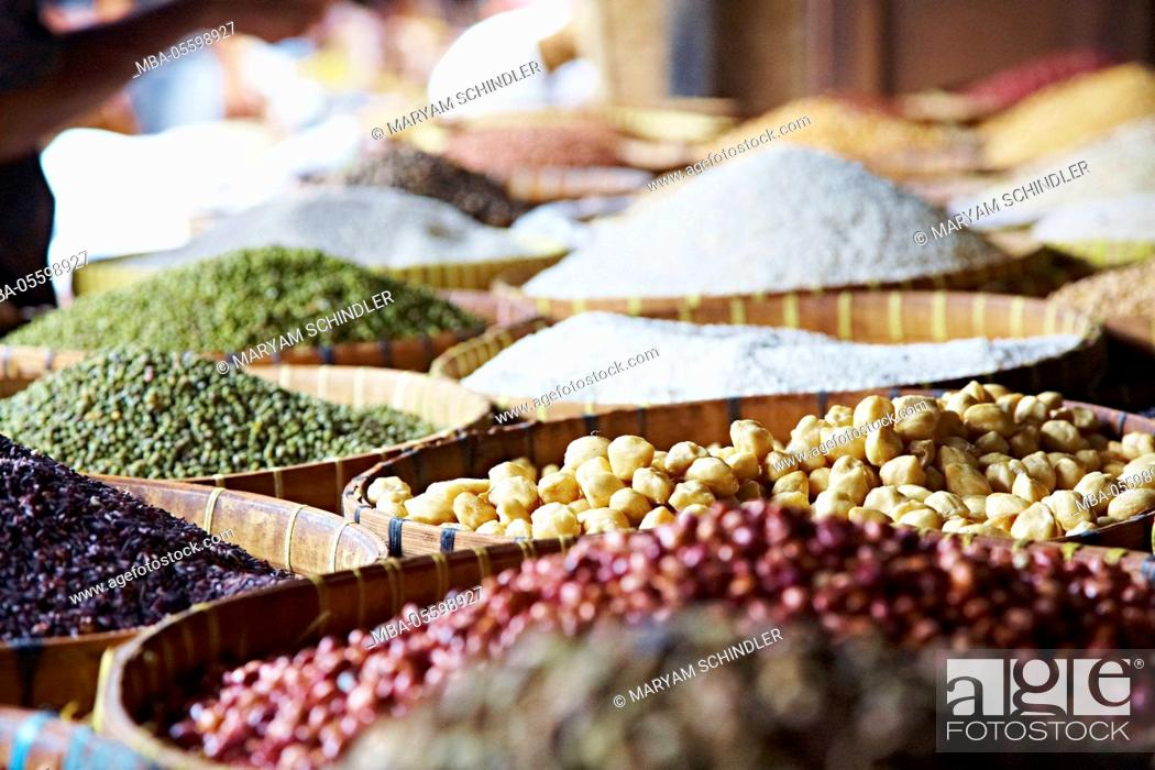 Stock Photo: Market, baskets full of food, travel, beans, spices, chickpeas, Lombok, Indonesia, Asia.