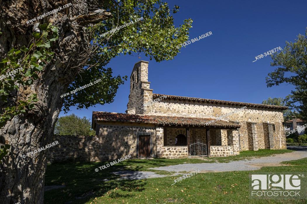 Imagen: Iglesia de la Visitación, siglo XVI, Montemediano de Cameros , Nieva de Cameros, La Rioja, Spain.