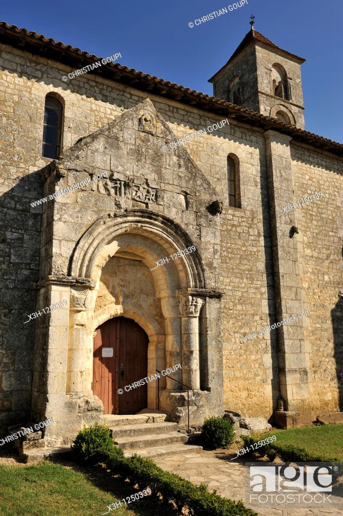 Stock Photo: church of Saint-Georges de Montagne, Gironde department, Aquitaine region, south-western France, Europe.
