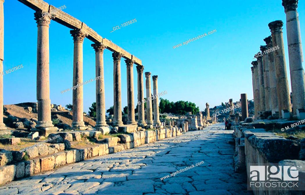 Stock Photo: Cardo Maximus in Jerash, Jordan.