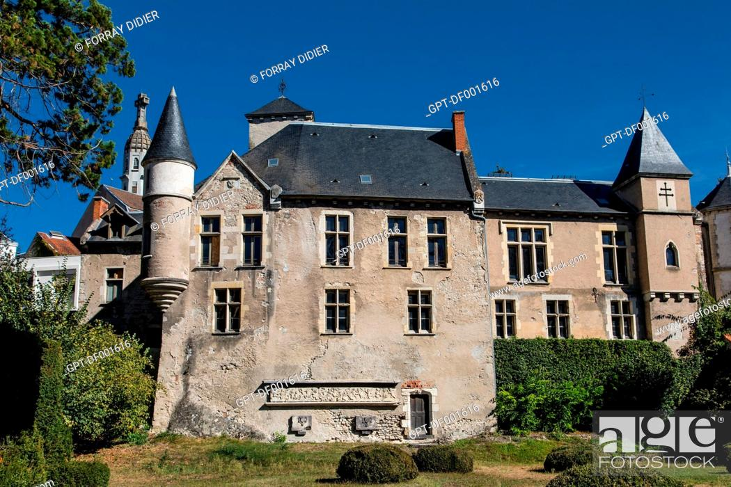 Stock Photo: GENERAL VIEW OF THE BAILIWICK HOUSE ALSO CALLED CASTEL FRANC, RUINS OF THE OLD CASTLE OF VICHY, ALLIER, AUVERGNE-RHONE-ALPES REGION, FRANCE.